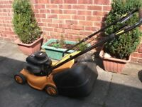 McCULLOCH SELF PROPELLED PETROL LAWNMOWER IN GOOD WORKING ORDER