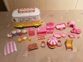 HELLO KITTY CAMPER VAN PLAY SET