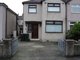 3 bed semi detached house to let - available immediately - £675 PCM - £500 Bond