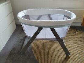 Ingenuity, Wood Foldaway Rocking Bassinet Baby Beside Cot Crib