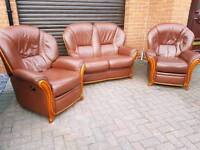 Italian leather 3 piece RECLINER SUITE! EXCELLENT CONDITION!BARGAIN!
