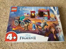 L EGO 41166 Disney Frozen II Elsa's Wagon Adventure