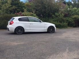 White Bmw 1 series 118d