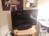 tv 32 inches in good condition.