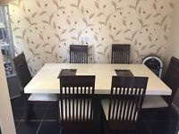Elegent marble gloss dinning room table a 6 chairs