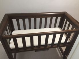 Troll Bedside Crib / Cotbed