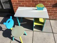 Verbaudet child's desk and chair