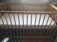 Mamas and papas small cot