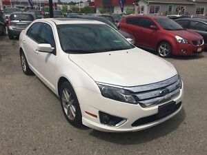2010 Ford Fusion SEL 3.0L V6 * AWD * LEATHER * POWER ROOF London Ontario image 4