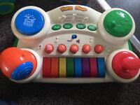 Child's musical keyboard