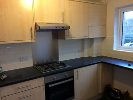 Newly refurbished 2 bedroom first floor flat short walk to town centre & station