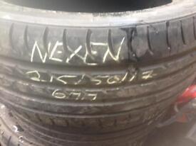Nexen 215/50/17