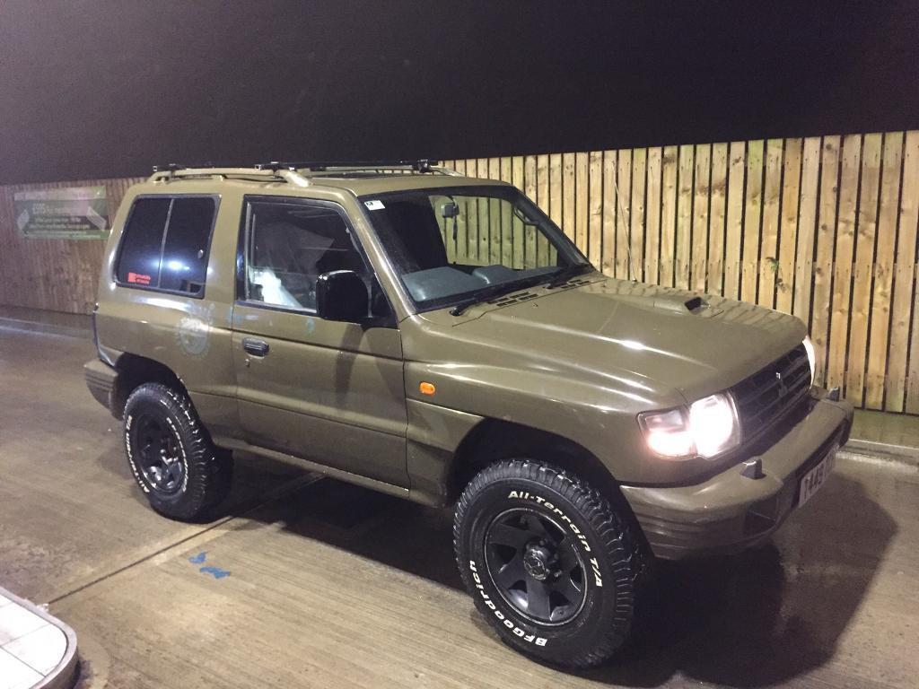 1999 mitsubishi shogun 2 8 td manual 4x4 pajero off road beast army green snow mud gravel uk. Black Bedroom Furniture Sets. Home Design Ideas