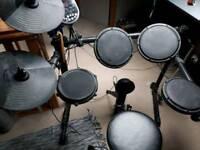 Alesis DM6 drum machine