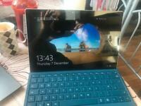 SURFACE PRO 4 WITH KEYBOARD
