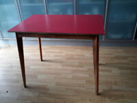 1950S / 60S RED FORMICA TOP KITCHEN TABLE SEATS 4 VINTAGE RETRO COLLECTION ONLY