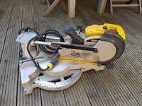 Used Dewalt sliding mitre saw model DW712 110 V