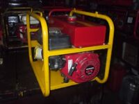 (110v ONLY) 2.7KW GENUINE HONDA SITE GENERATOR WITH 6.5HP ENGINE VERY GOOD STRAIGHT CLEAN CONDITION
