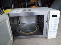 Panasonic Genius Microwave Oven Model NN-6853B