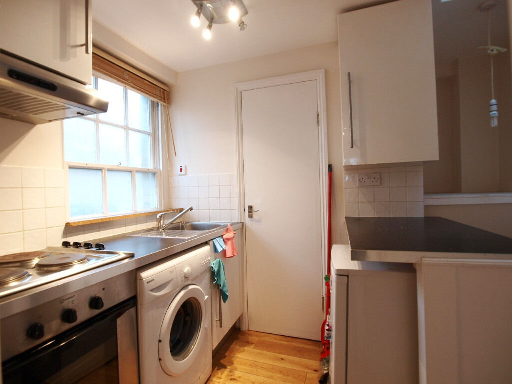 Stunning Large Studio Flat Based in The Heart of Chapel Market Close to Upper Street & Angel Tube