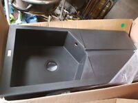 Wren ceramic sink
