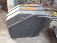 Mercedes tractor unit battery box £100