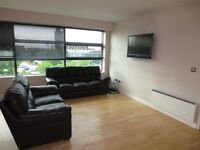 Two Bed Apartment with excellent views and awesome location