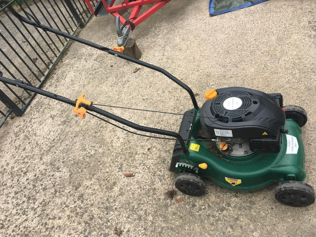 Lawnmower RRP: £108
