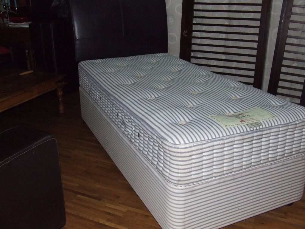 BED SINGLE DIVAN QUALITY WOOL LAYERED MATTRESS EXCELLENT CLEAN CONDITION FREE EDINBURGH DELIVERY
