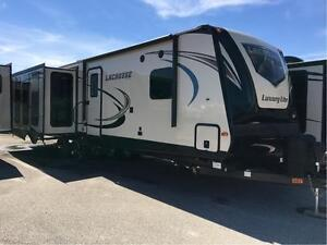 2016 Prime Time Manufacturing LaCrosse Travel Trailer 328RES