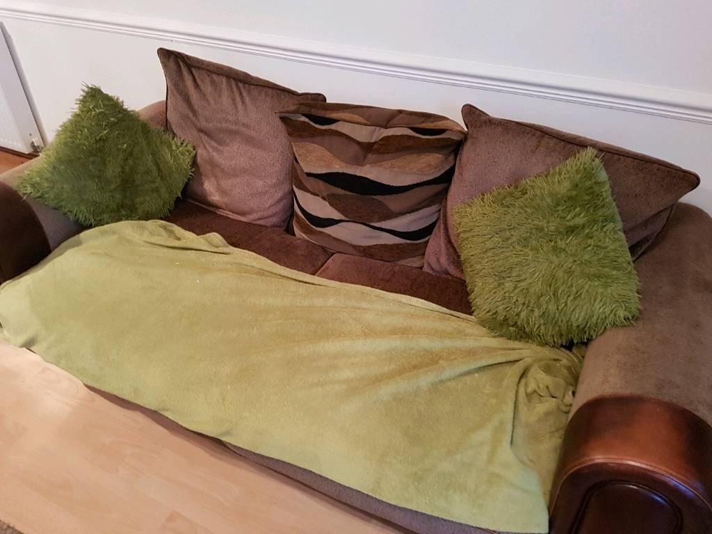 Free comfy sofa!