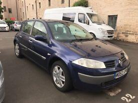 Renault Megane long mot