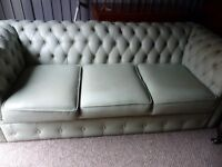 CHESTERFIELD GREEN LEATHER CHESTERFIELD 3 SEATER SOFA + 1 WING HIGH BACK CHAIR LOVELY CONDITION £595