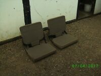 LAND ROVER DISCOVERY DICKIE SEATS