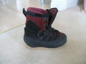 Snow boot size 5