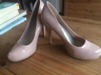 Shiny nude heels! Barely worn!