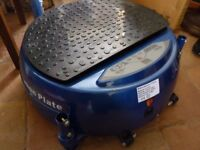Vibration Plate B Slimmer in Blue/remote/arms/power cord/ various programes &speeds- Aylsham Norwich