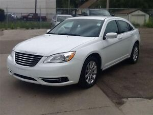 2014 Chrysler 200 Touring |