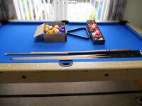 DEBUT air hockey/pool table