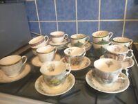 More than 30 non damaged high brand bone china, Wedge Wood, Spode X mas tree