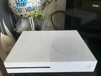 Xbox one slim and 10 games