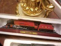train, joblot of vintage model trains.