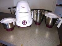 Mixer grinder (Faulty)