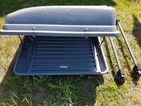 Zafira roof bars and top box