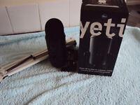 blue-yeti blackout usb pro mic black