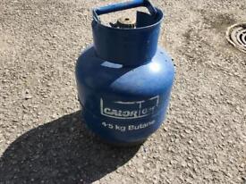 4,5kg gas bottle(aprox 1/2-3/4gas in it)