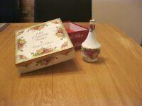 Royal Albert Old Country Roses Bud Vase (Boxed)