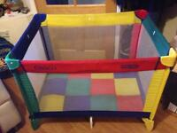 Graco Pack n' Play compact play pen/ travel cot