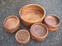 Set of 8 wooden bowls, 1 big, 6 small, 1 lidded potpourrie bowl