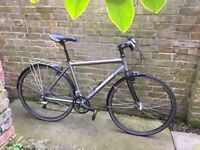 hybrid Marin bicycle aluminium frame and carbon fork medium size